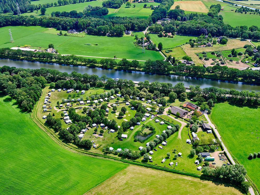 Nederland, Gelderland, Gemeente Lochem, 21–06-2020; camping Het Walhoorn, kampeerpark, gelegen aan het Twentekanaal.<br /> Camping Het Waldhoorn, camping park., located on the Twente Canal.<br /> <br /> luchtfoto (toeslag op standaard tarieven);<br /> aerial photo (additional fee required)<br /> copyright © 2020 foto/photo Siebe Swart