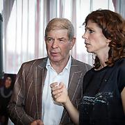 NLD/Ridderkerk/20121120 - Lancering Helden magazine nr.16, Frits Barend en dochter Barbara