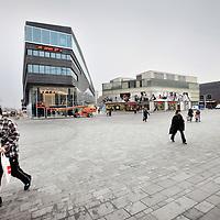 Nederland, Almere , 21 januari 2010..Centrum van Almere Stad..De Politieke partij van geert Wilders PVV heeft in deze stad een grote aanhang..Foto:Jean-Pierre Jans