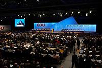 01 DEC 2003, BERLIN/GERMANY:<br /> Uebersicht 17. CDU Parteitag waehrend der Rede von Angela Merkel, Messe Leipzig<br /> IMAGE: 20031201-01-053<br /> KEYWORDS: party congress, Übersicht, Saal, Halle