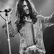 PENNSYLVANIA - MARCH 30: Chris Robinson of The Black Crowes performs on March 30, 1993 in Bethlehem, Pennsylvania. ©Lisa Lake