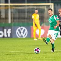 12.09.2020, Ernst-Abbe-Sportfeld, Jena, GER, DFB-Pokal, 1. Runde, FC Carl Zeiss Jena vs SV Werder Bremen<br /> <br /> <br /> Pattrick Erras (Werder Bremen Neuzugang 29<br /> Einzelaktion, Ganzkörper / Ganzkoerper <br /> +Querformat<br /> <br /> <br /> Foto © nordphoto / Kokenge