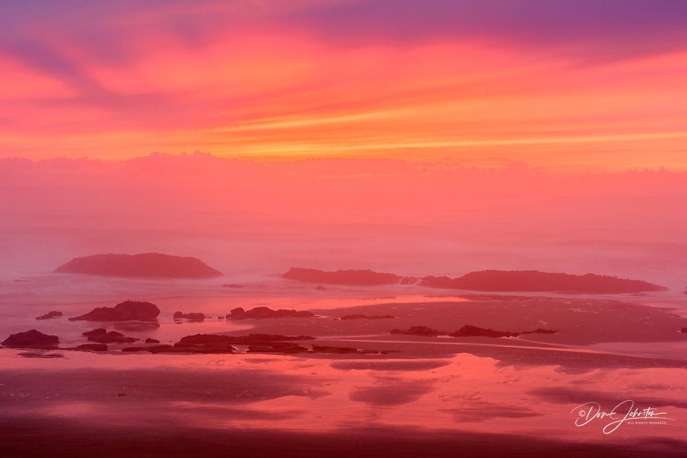 Seal Rocks at sunset, Seal Rock StatePark, Oregon, USA