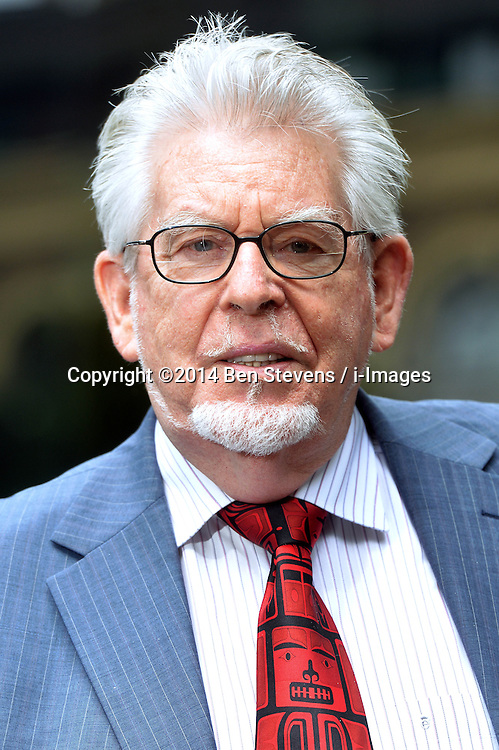 Image ©Licensed to i-Images Picture Agency. 27/06/2014.<br /> <br /> Rolf Harris (pictured) arrives at Southwark Crown Court, London, UK with the support of his family.<br /> <br /> Picture by Ben Stevens / i-Images
