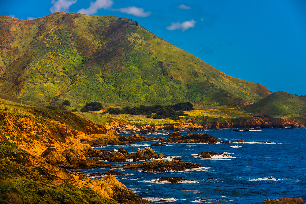 View along Highway One on the Big Sur coast between Carmel Highlands and Big Sur, Monterey County, California USA.