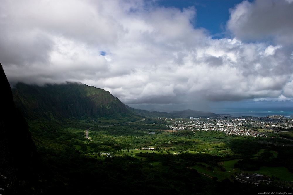 View from the Nuuanu Pali look out, Oahu,Hawaii