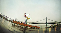 Meryl Bezrutczyk & Minhee Cha in front of Manhattan Bridge, New York<br />