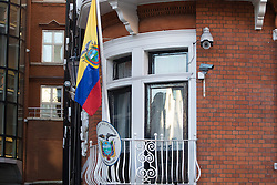 Knightsbridge, London, January 18th 2017. Supporters of Wikileaks Editor in Chief gather outside the embassy of Ecuador in London's Knightsbridge following news that Chelsea Manning, the transgender whistleblower, currently serving a prison term in the US has had his sentence commuted by outgoing President Barak Obama. PICTURED: The balcony of the Ecuadorian embassy upon which Assange has previously appeared to address the media.