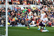 Burnley's Danny Ings (c) scores his teams 1st goal. Barclays Premier league match, Burnley v Everton at Turf Moor in Burnley, Lancs on Sunday 26th October 2014.<br /> pic by Chris Stading, Andrew Orchard sports photography.
