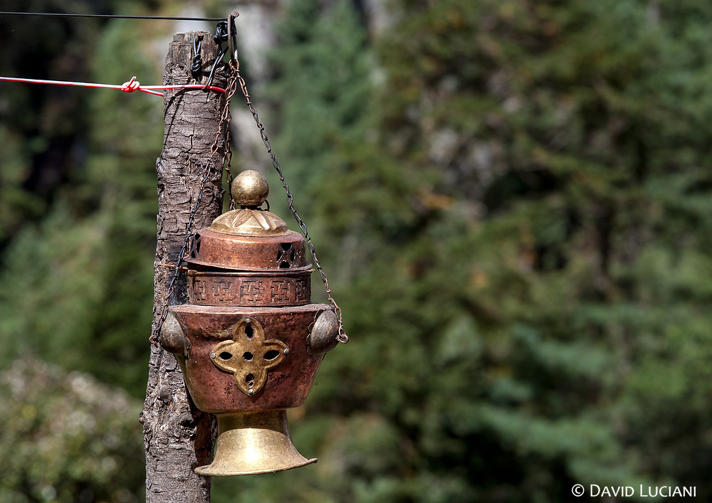 A hanging incense burner. From Phakding to Monjo.