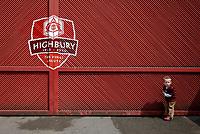 Photo: Daniel Hambury.<br />Arsenal v Wigan Athletic. The Barclays Premiership. 07/05/2006.<br />Young Arsenal fan Nathan Goulding, (3 years).
