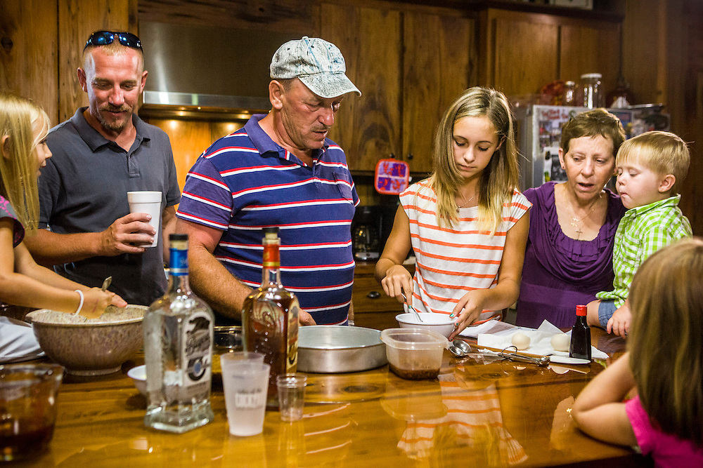 """Troy Landry and family prepare for Swampsgiving on the History Channel's """"Swamp People"""""""