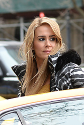 March 12, 2018 - New York, NY, USA - March 12, 2018 New York City..Sarah Paulson was seen on location filming 'The Goldfinch' on March 12, 2018 in New York City. (Credit Image: © Kristin Callahan/Ace Pictures via ZUMA Press)