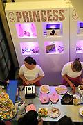 Perspresentatie Princess 2012 en start van de zoektocht van de keukenprins of prinses van Nederland in Grand theater Breda.<br /> <br /> Op de foto:  Princess