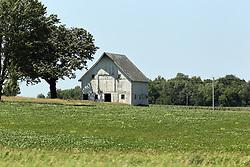 An old abandoned barn in eastern South Dakota