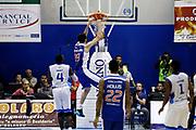 DESCRIZIONE : Capo dOrlando Lega A 2014-15 Orlandina UPEA Basket Acqua Vitasnella Cantu  <br /> GIOCATORE :  Giorgio Shermadini<br /> CATEGORIA :  Schiacciata Sequenza<br /> SQUADRA : Orlandina UPEA Basket Acqua Vitasnella Cantu  <br /> EVENTO : Campionato Lega A 2014-2015 <br /> GARA : Orlandina UPEA Basket Acqua Vitasnella Cantu  <br /> DATA : 14/12/2014<br /> SPORT : Pallacanestro <br /> AUTORE : Agenzia Ciamillo-Castoria/G. Pappalardo <br /> Galleria : Lega Basket A 2014-2015 <br /> Fotonotizia : Capo dOrlando Lega A 2014-15 Orlandina UPEA Basket Acqua Vitasnella Cantu