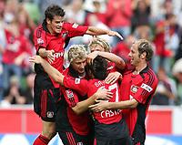 Fotball<br /> Bundesliga Tyskland<br /> Foto: Witters/Digitalsport<br /> NORWAY ONLY<br /> <br /> 12.08.2006<br /> <br /> Jubel 2:0 v.l. Tranquillo Barnetta, Stefan Kiessling, Gonzalo Castro, Simon Rolfes, Sergej Barbarez<br /> <br /> Fussball Bundesliga Bayer 04 Leverkusen - Alemannia Aachen 3:0