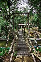 Bridge between the Nanga Sumpa Longhouse and the Borneo Adventure Lodge.