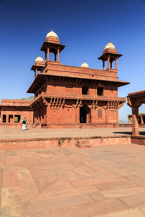 Diwan-i-Khas or Hall of Private Audience in Fatehpur-Sikri, India. It is here that king Akbar had representatives of different religions discuss their faiths and gave private audience.