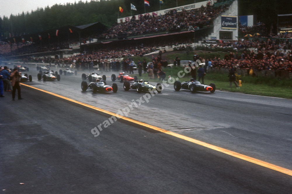 Start of the 1965 Belgian Grand Prix in Spa-Francorchamps with BRM drivers Jackie Stewart (8)and Graham Hill (7) on the front row with Jim Clark (Lotus-Climax). Photo: Grand Prix Photo