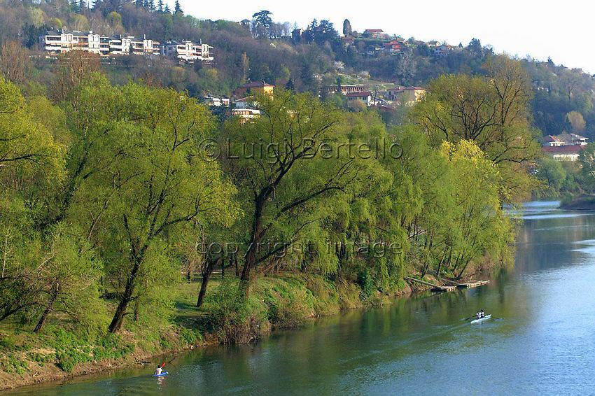 Torino La collina dal fiume Po