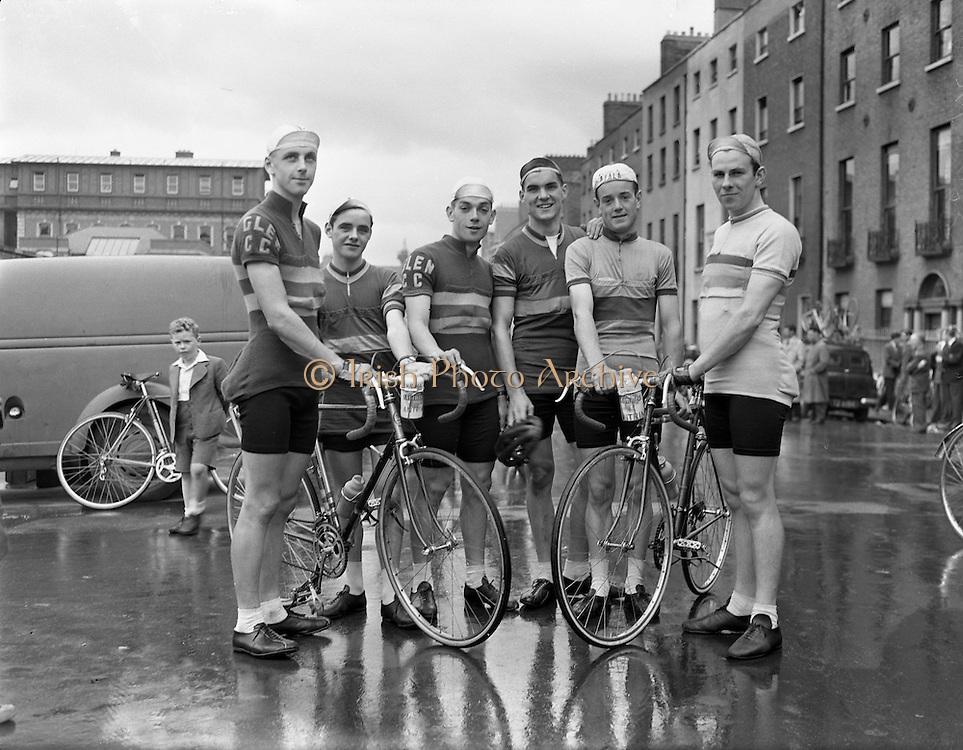 Rás Tailteann at GPO/Parnell Square, Dublin, Ireland. 03/08/1958