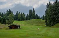 SEEFELD Tirol   Oostenrijk,  -  hole 1. Golfclub Seefeld Wildmoos.    COPYRIGHT KOEN SUYK