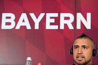 Fotball<br /> Tyskland<br /> 28.07.2015<br /> Foto: Witters/Digitalsport<br /> NORWAY ONLY<br /> <br /> Arturo Vidal<br /> Fussball, FC Bayern München, Pressekonferenz Neuzugang Arturo Vidal