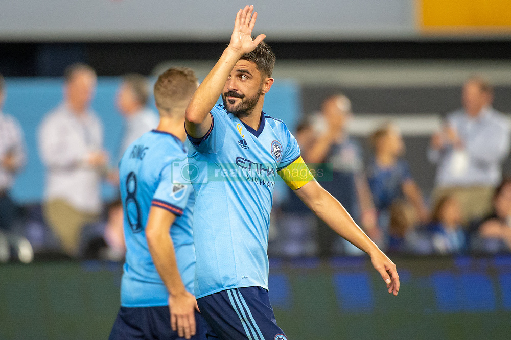 September 26, 2018 - Bronx, New York, US - New York City FC forward DAVID VILLA (7) waves to the fans cheering for his goal during a regular season match at Yankee Stadium in Bronx, New York.  New York City FC defeats Chicago Fire 2 to 0 (Credit Image: © Mark Smith/ZUMA Wire)