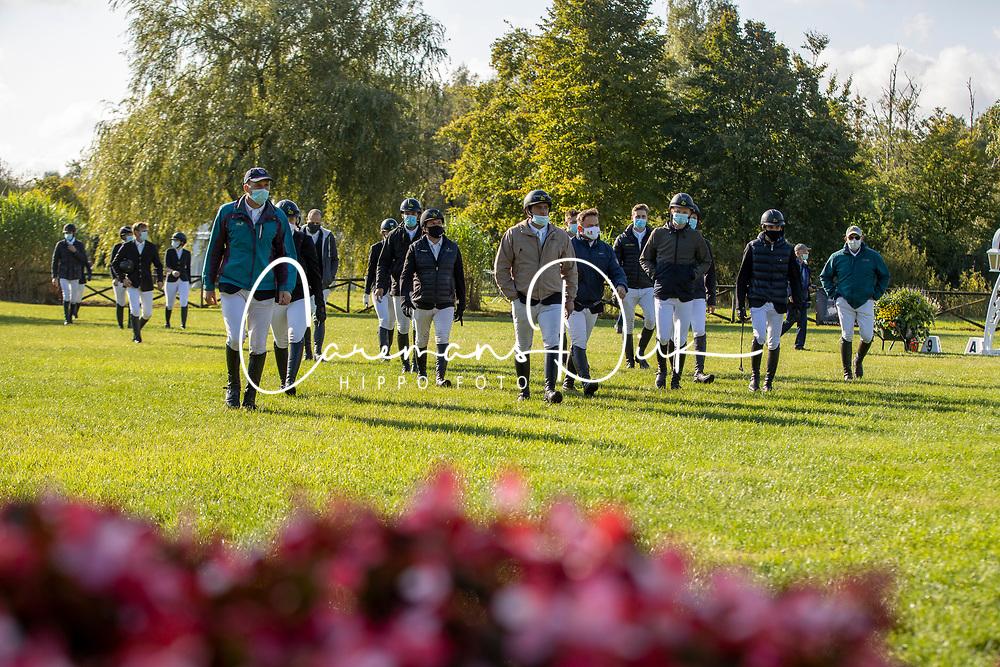 Parcours aflopen<br /> Nationaal Kampioenschap LRV Paarden<br /> Lummen 2020<br /> © Hippo Foto - Dirk Caremans<br /> 26/09/2020