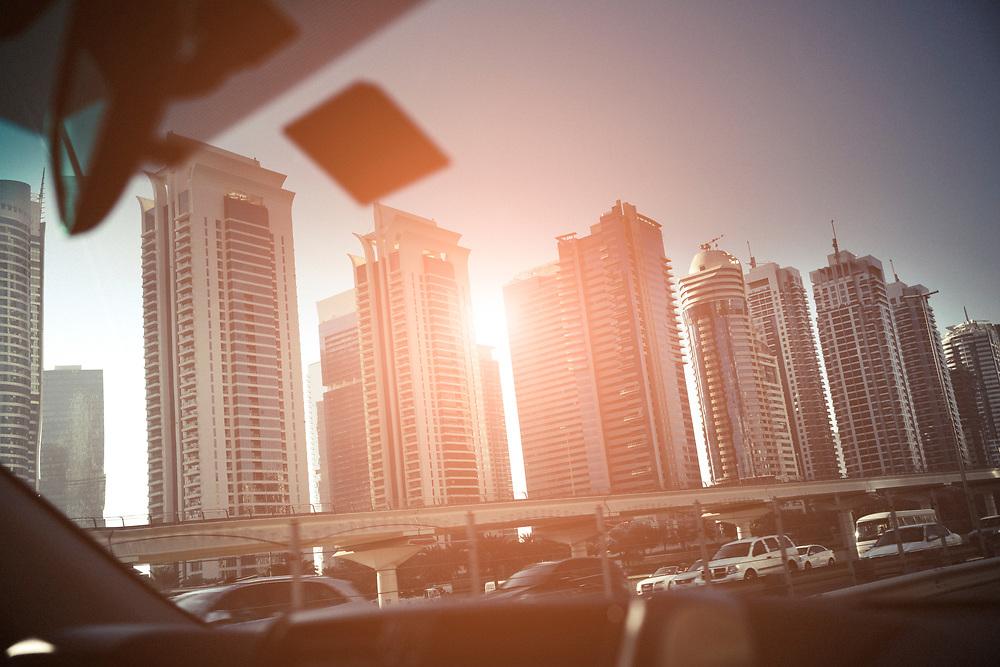 Dubai, United Arab Emirates, December 21, 2017<br /> Skyline of Dubai Marina.Dubaï, Émirats arabes unis, 21 décembre 2017<br /> Skyline de la marina de Dubaï.