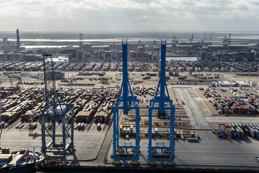 Nederland, Zuid-Holland, Rotterdam, 23-10-2013; Europhaven met  APM Terminals (Maersk)<br /> Container terminal Rotterdam, Harbor APM Terminals (Maersk).<br /> luchtfoto (toeslag op standard tarieven);<br /> aerial photo (additional fee required);<br /> copyright foto/photo Siebe Swart