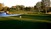 Halfweg / AMSTERDAM  - Amsterdamse Golf Club AGC. hole 18.    COPYRIGHT KOEN SUYK