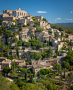 Gordes is a commune in the Vaucluse département in the Provence-Alpes-Côte d'Azur region in southeastern France.<br /> <br /> The residents are known as Gordiens. The nearest big city is Avignon, smaller are Cavaillon, L'Isle-sur-la-Sorgue and Apt.