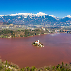 20200319: SLO - News - Severe algal blooms on Lake Bled