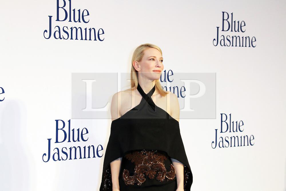 © Licensed to London News Pictures. 17/09/2013, UK. Cate Blanchett, Blue Jasmine UK film premiere, Odeon West End cinema Leicester Square, London UK, 17 September 2013, Photo credit : Richard Goldschmidt/Piqtured/LNP
