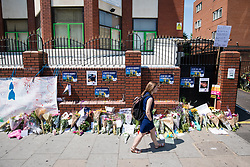 © Licensed to London News Pictures. 20/06/2017. London, UK. Flowers left outside Finsbury Park Mosque in North London. A man drove a white van into a crowd of Muslims in Finsbury Park after Ramadan prayers early on the morning of Monday 19 June 2017, killing one man and injuring a number of others. Photo credit: Rob Pinney/LNP