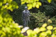 Denkmal von Eberhard 1818-1884, Eulbacher Park, Michelstadt, Odenwald, Naturpark Bergstraße-Odenwald, Hessen, Deutschland | memorial Eberhard 1818-1884, Eulbach Park, Michelstadt, Odenwald, Hesse, Germany