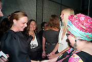 STELLA MCCARTNEY; ALEX SHULMAN;  GWYNETH PALTROW, Vogue: Fashion's Night Out: Stella McCartney. Stella McCartney, 30 Bruton Street, London. 8 September 2010.  -DO NOT ARCHIVE-© Copyright Photograph by Dafydd Jones. 248 Clapham Rd. London SW9 0PZ. Tel 0207 820 0771. www.dafjones.com.