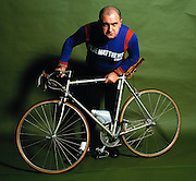 Studio photosession of Alexi Sayle and bicycle - 1981