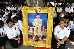 December 2, 2016 - Bangkok, Thailand - Thailand's new King Maha Vajiralongkorn Bodindradebayavarangkun is seen on his way out from the Grand Palace in Bangkok, December 2, 2016 during Thailand's new King Maha Vajiralongkorn Bodindradebayavarangkun, took part in a merit-making ceremony at Bangkok's Grand Palace to mark 50 days. (Credit Image: © Vichan Poti/Pacific Press via ZUMA Wire)