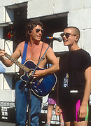 Roger Waters with Sinéad O'Connor - Pink Floyd The Wall Berlin 1990