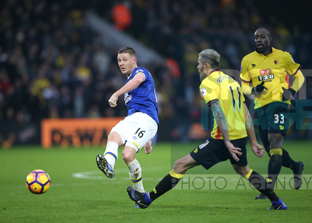 Everton's James McCarthy in action during the Premier League match at Vicarage Road Stadium, London. Picture date December 10th, 2016 Pic David Klein/Sportimage