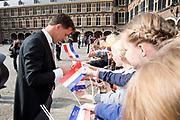 Koning Willem-Alexander en koningin Maxima tijdens Prinsjesdag. De koning zal hier de troonrede voorlezen aan leden van de Eerste en Tweede Kamer.<br /> <br /> King Willem-Alexander and Queen Maxima during Prinsjesdag. The king will read the speech to the members of the First and Second Chamber here.<br /> <br /> Op de foto: Mark Rutte