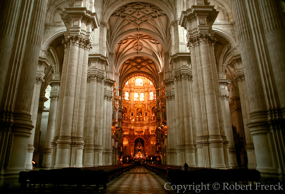SPAIN, ANDALUSIA, GRANADA Cathedral, begun in 1523 and constructed in Renaissance style, interior