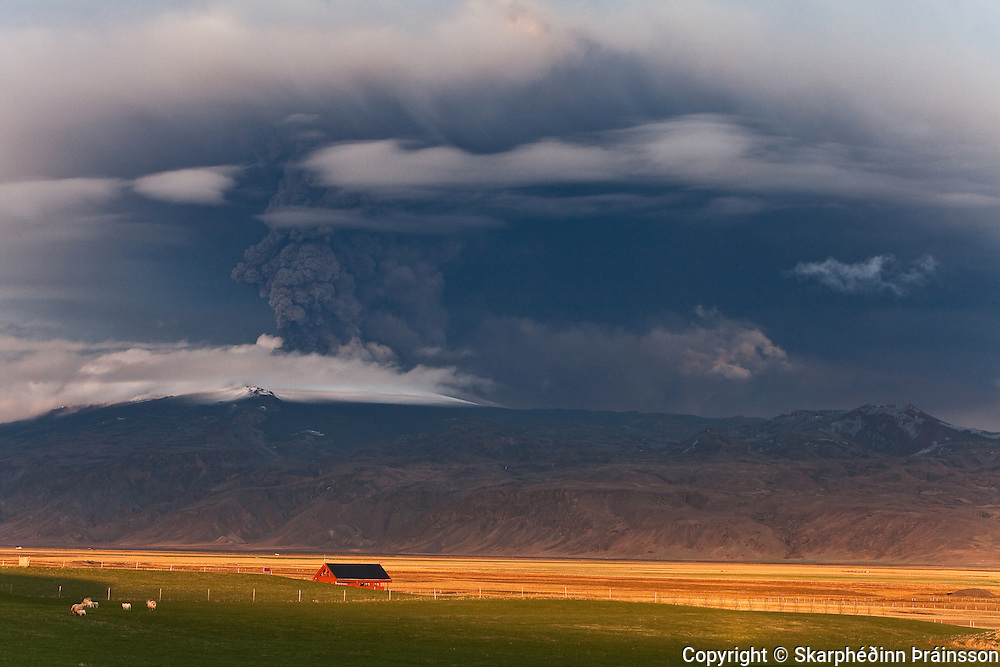 Eyjafjallajökull erupting volcano in southern Iceland, may 2010