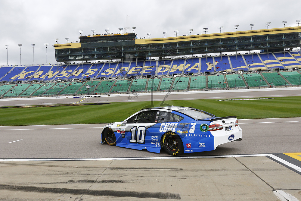 October 21, 2017 - Kansas City, Kansas, USA: Danica Patrick (10) takes to the track to practice for the Hollywood Casino 400 at Kansas Speedway in Kansas City, Kansas.