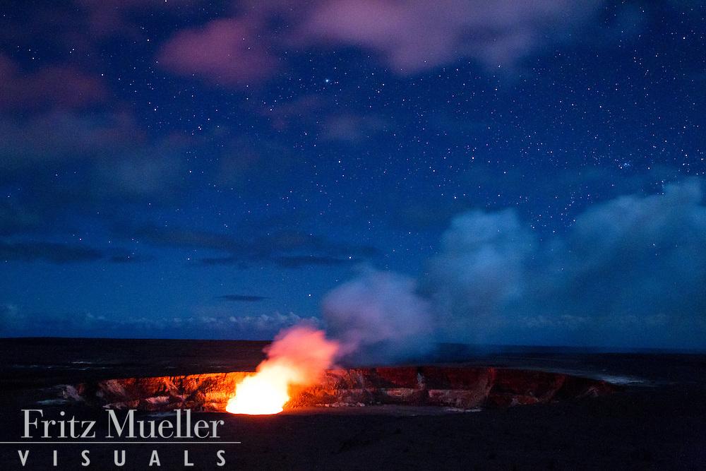 Eruption of Kilauea volcano, Volcanoes National Park, Hawaii