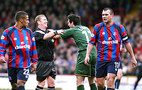 PHOTO:ALAN CROWHURST.<br />CRYSTAL PALACE V NORWICH.NATIONWIDE DIVISION 1.20/03/2004.MARC EDWORTHY CONSULTS PAUL DURKIN ABOUT A DECISION.