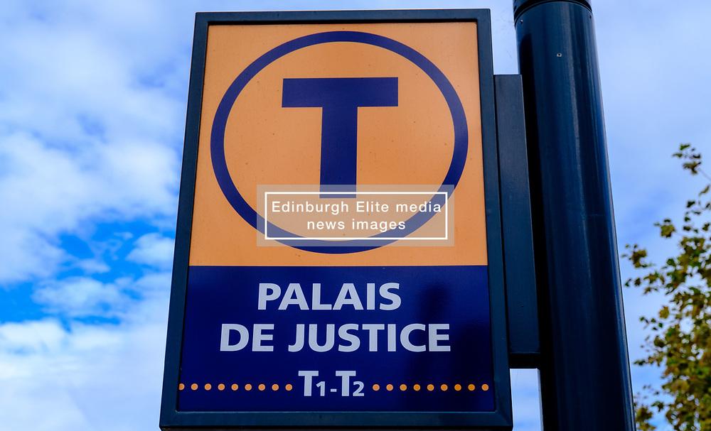 Sign at tram stop at the Palais de Justice, Toulouse, France<br /> <br /> (c) Andrew Wilson | Edinburgh Elite media